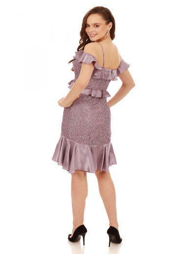 6ixty8ight Lila Dantel Bel Yaka Fırfırlı Kısa Abiye Elbise Lila